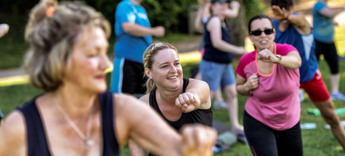 Outdoor fitness im Freizeitpark